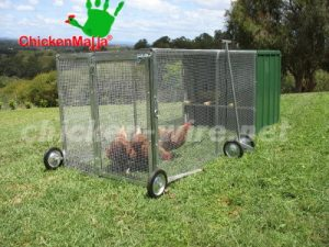 Chicken tractor with wheels
